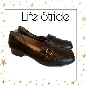 Life Stride Brown Slip-on Women's Loafers 9 9M